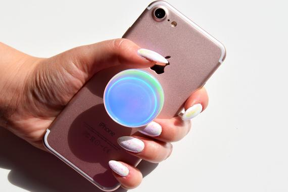 Definitive Guide to Cleaning a Popsocket
